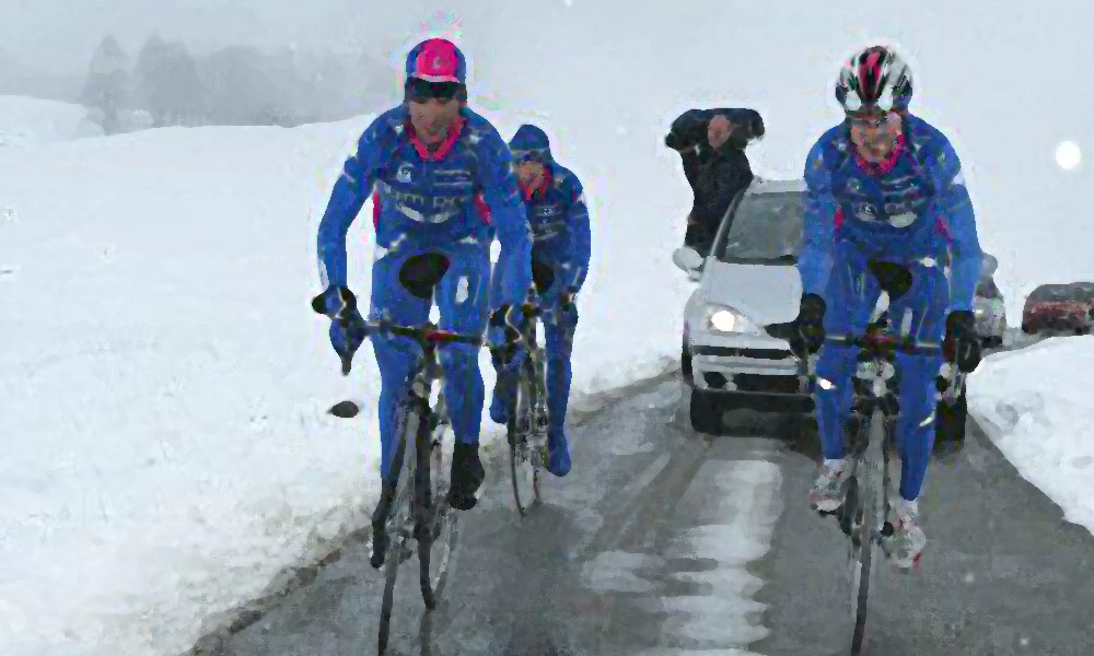 The cyclist's winter